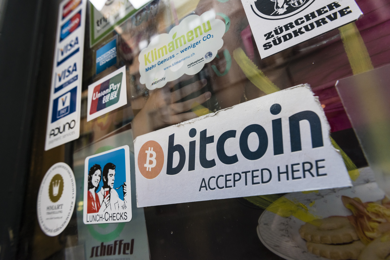 Let's spend it! Bitcoin and its seven alternatives
