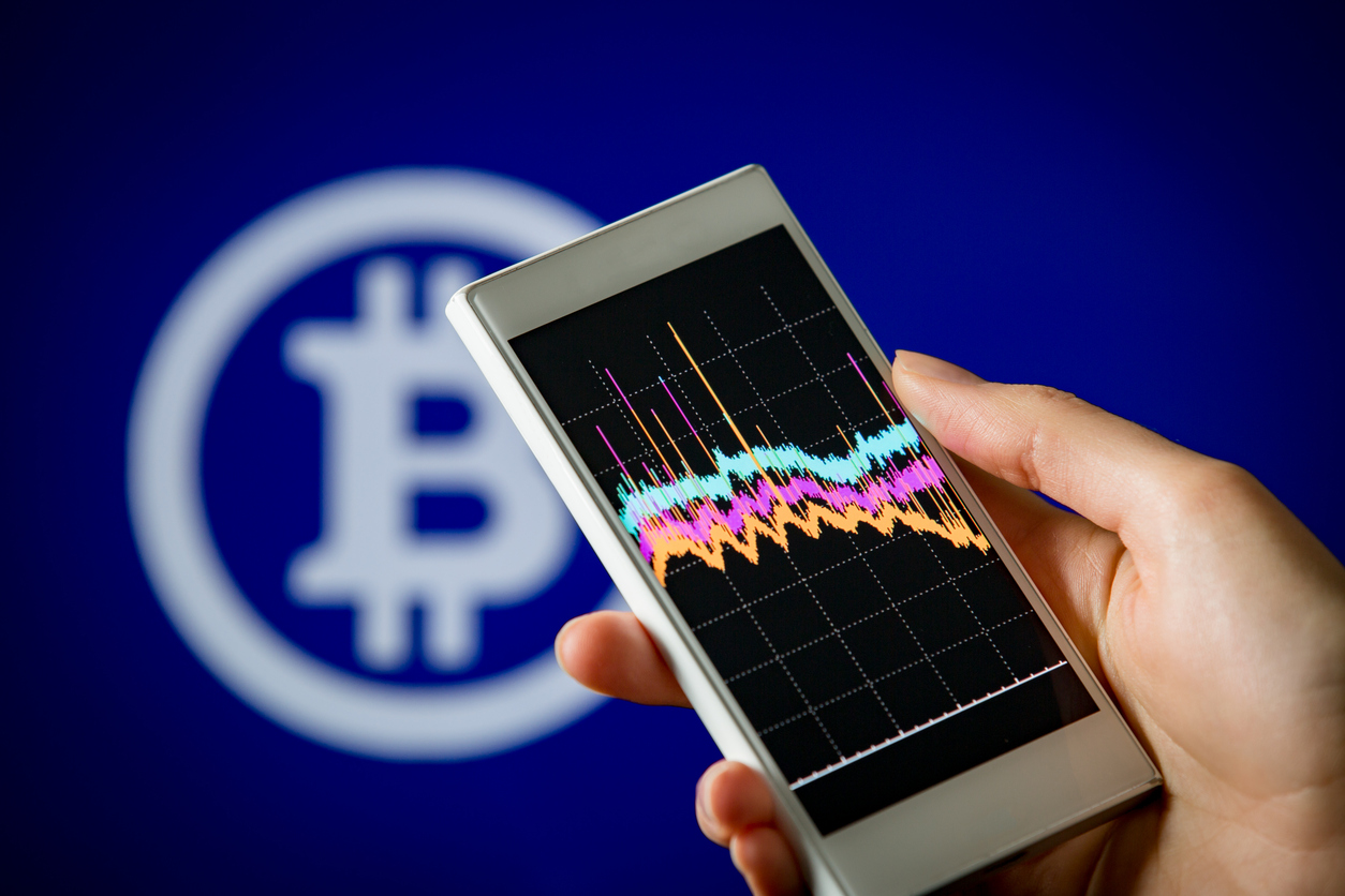 Bitcoin and Ethereum Eyes Last Line of Defense
