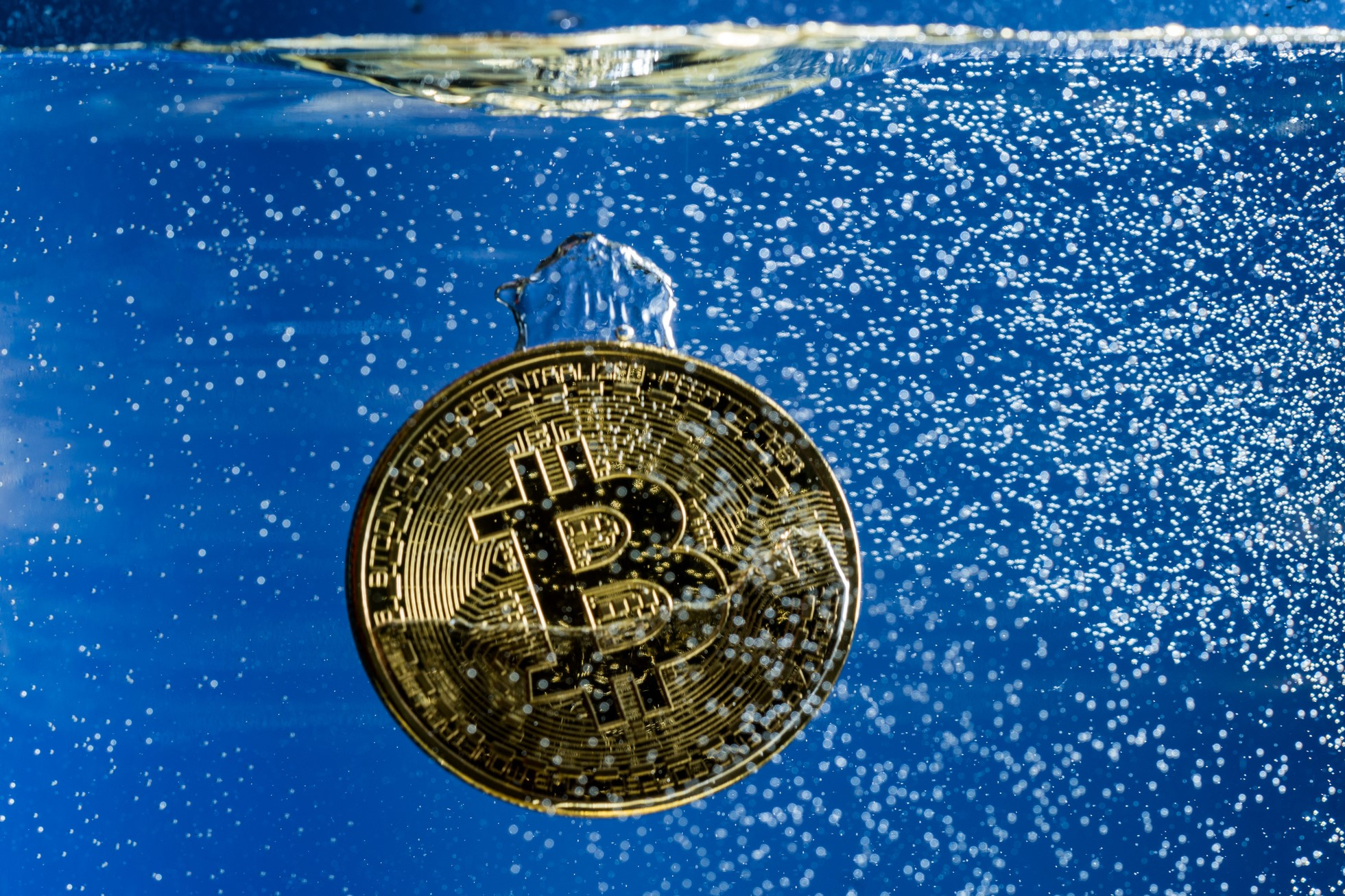 Bitcoin Sell-Off Caused by Futures Expiring - Tom Lee