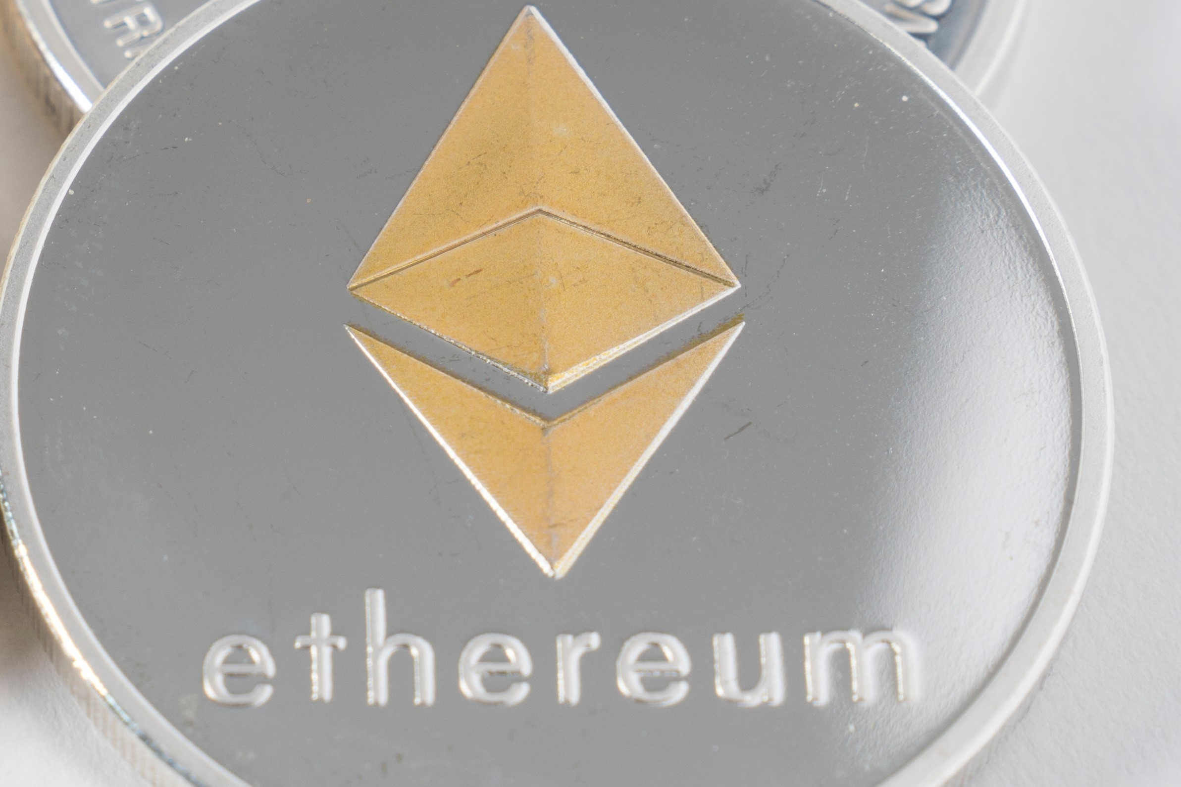 Ethereum Co-founder Lauds Qtum and VeChain, Welcomes SEC Ruling