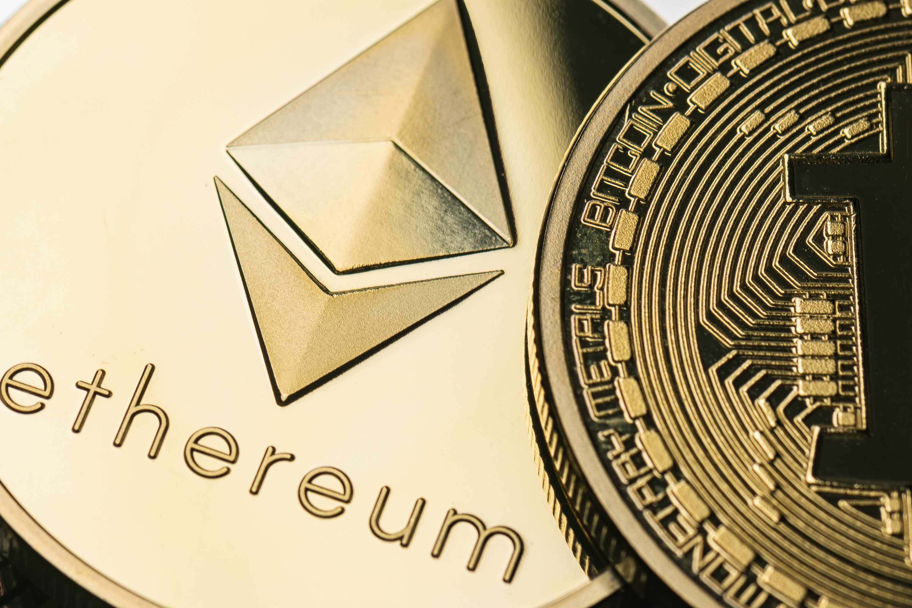 Ethereum Fees Higher than Bitcoin Fees - For the First Time Since 2015