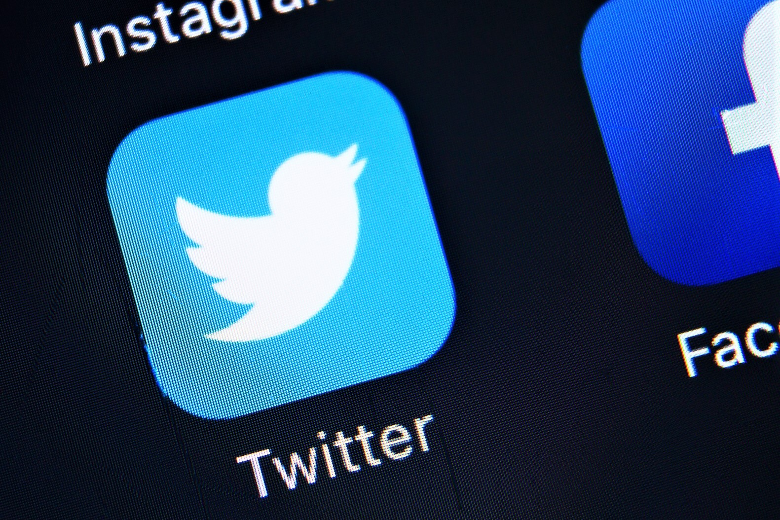 Can Twitter Be Decentralized?
