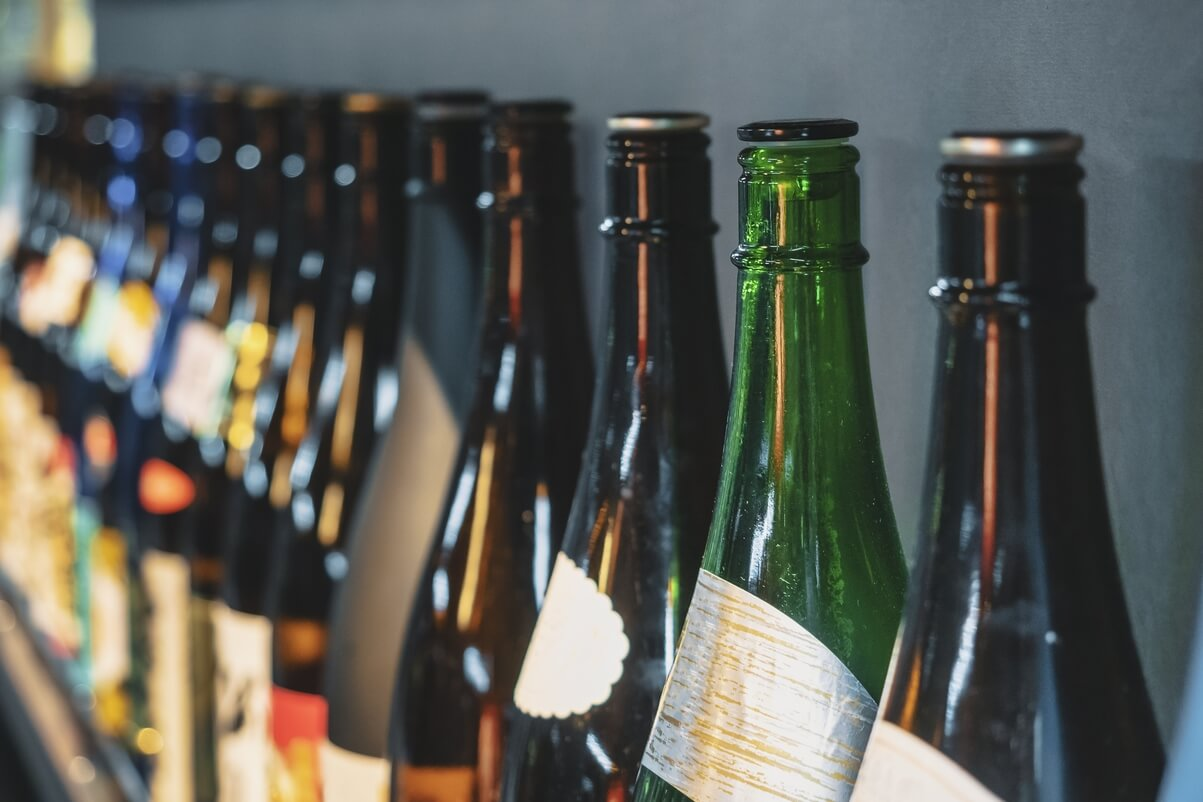 Booze-loving Tourists To Buy Sake with Blockchain-powered Coupons