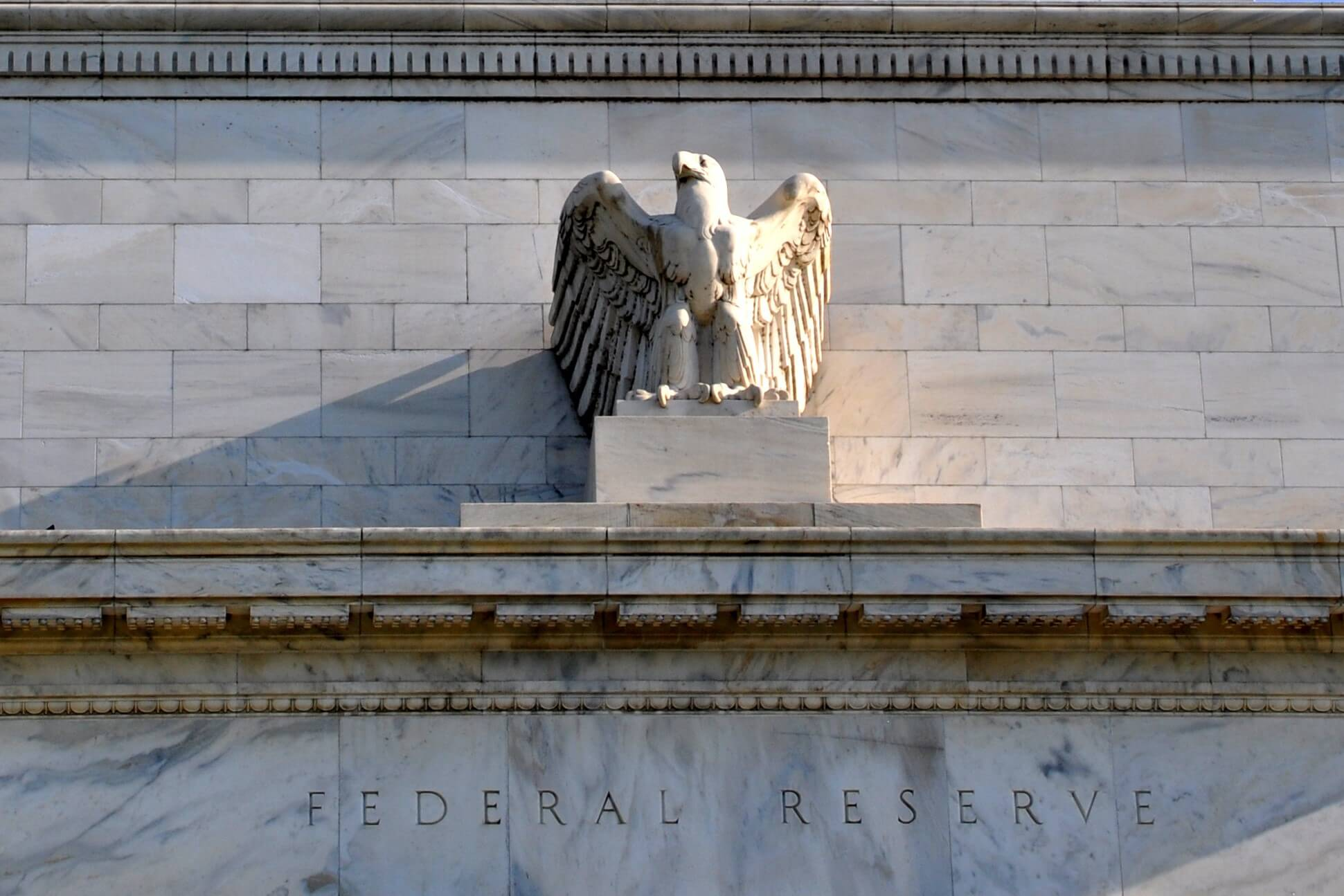 US Fed Inactivity May Lead Bitcoin to Moon, But a Negative Impact is Possible