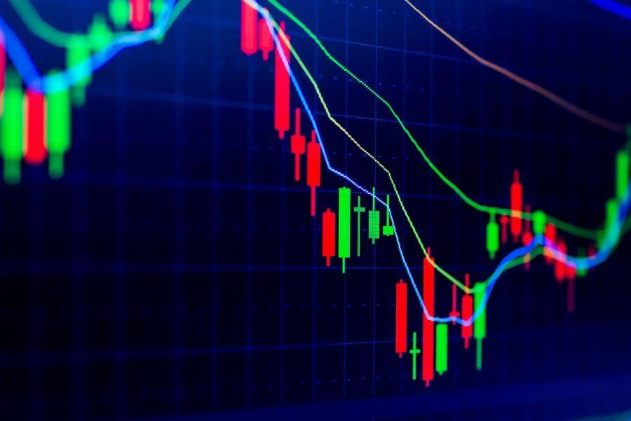Crypto Market Sentiment Closer to the Negative Zone; XRP is Week's Winner