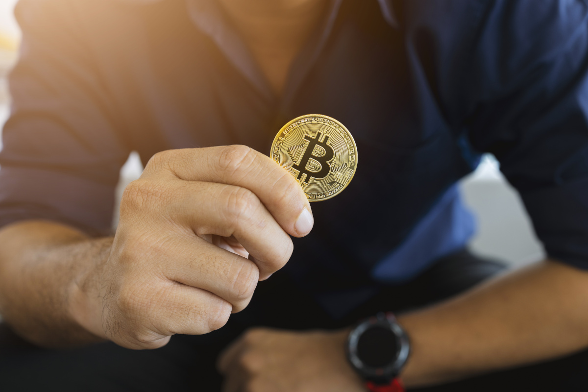 Bitcoin, Cryptocurrencies and Government Regulation