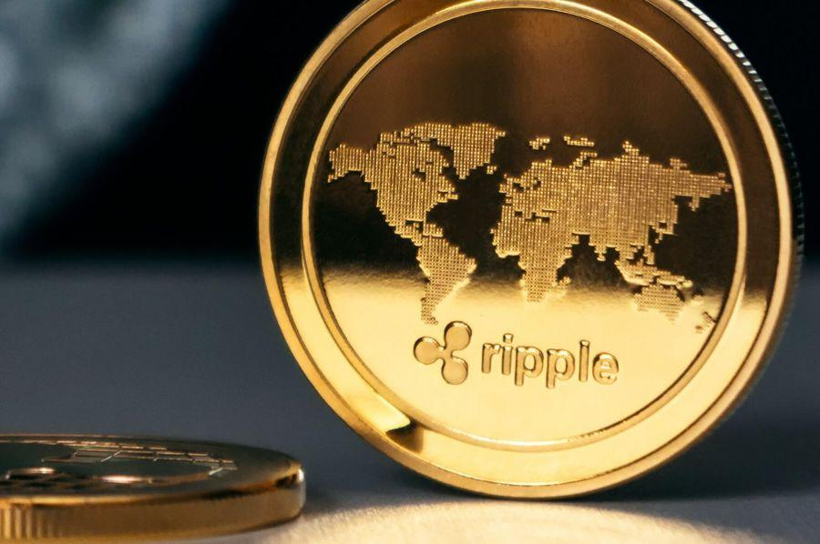 Coinbase Pro Accidentally 'Re-Lists' XRP Amid Spat with SEC
