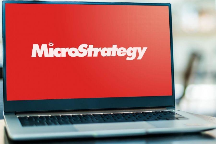 MicroStrategy's and Grayscale Bitcoin Trust's Shares Now Compete with ETFs