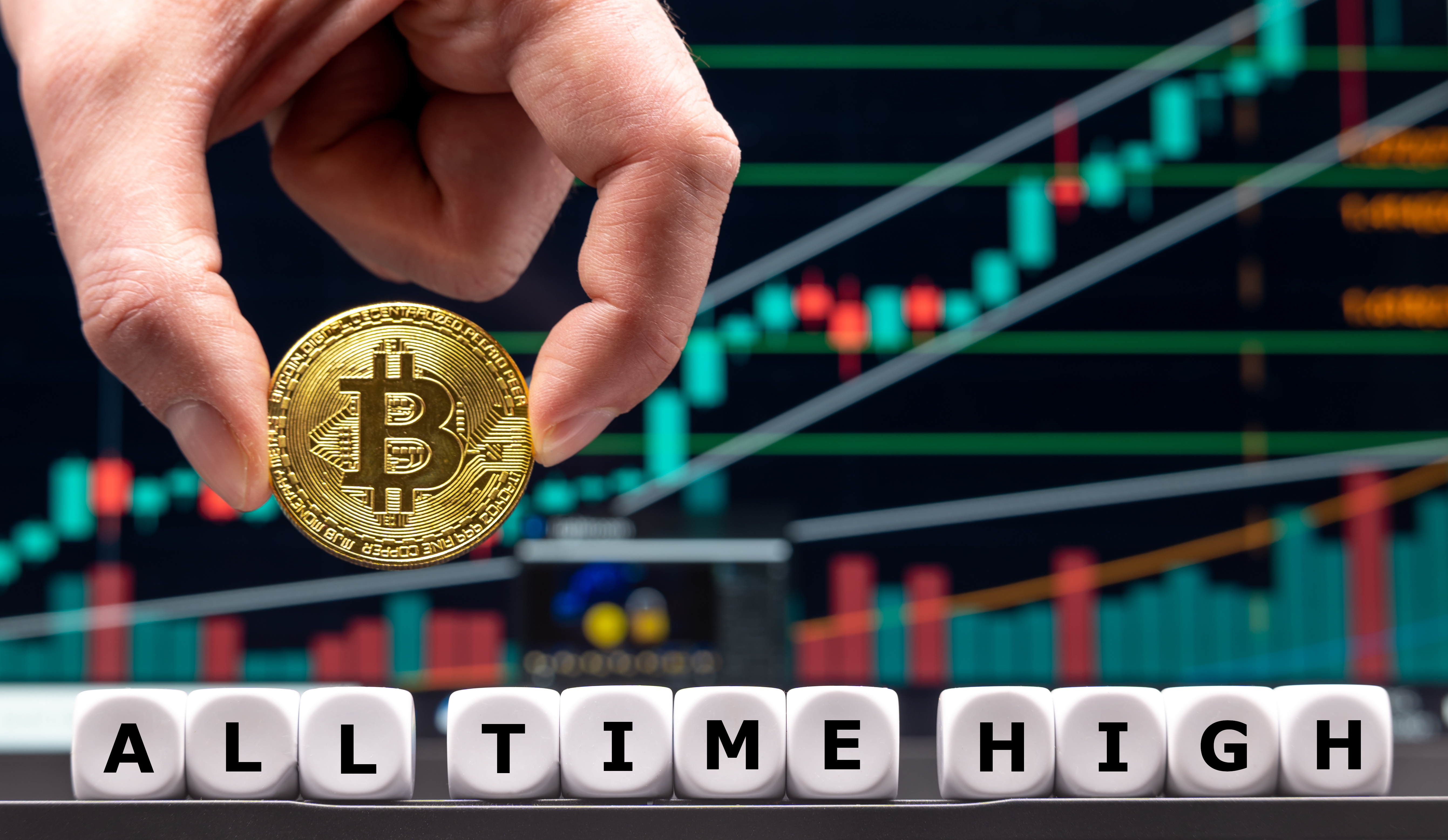 Bitcoin Rises to USD 168,000 by Year-End, Is It Possible?